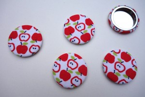 scrap-et-textile_badges_pommes_rouges