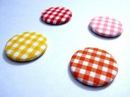 scrap-et-textile_produit_badge_se_tenir_a_carreau_1
